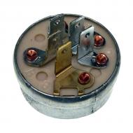 Five terminal, for units w/magneto ignition. Part Reference Numbers: AM102551